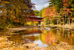 MAB-20151014-NH-SWIFT-RIVER-BRIDGE-AUTUMN-8104353.jpg